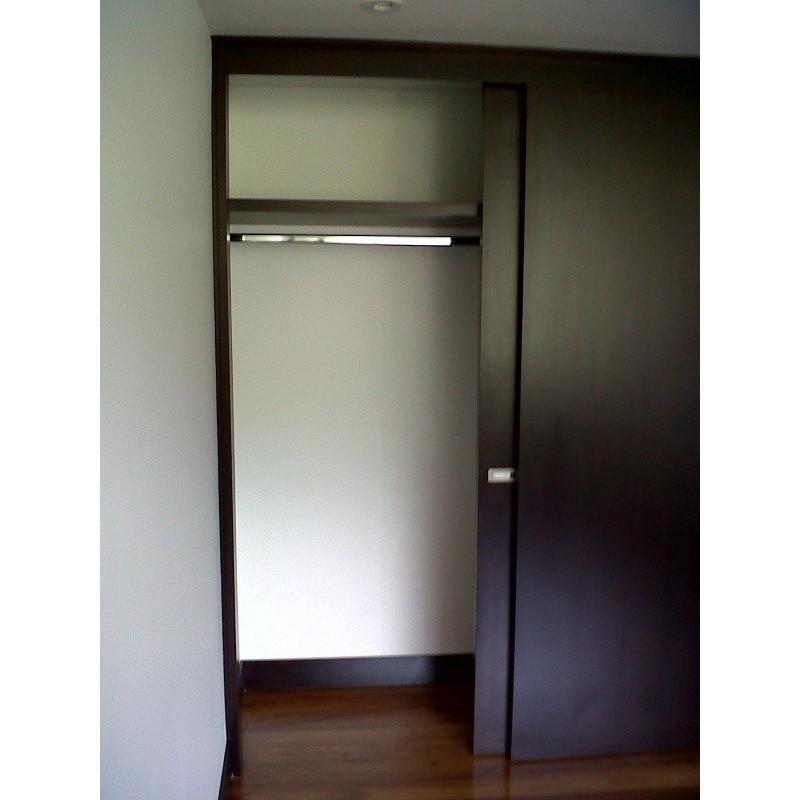 Closet madera 2 dimalca for Buscar closet madera